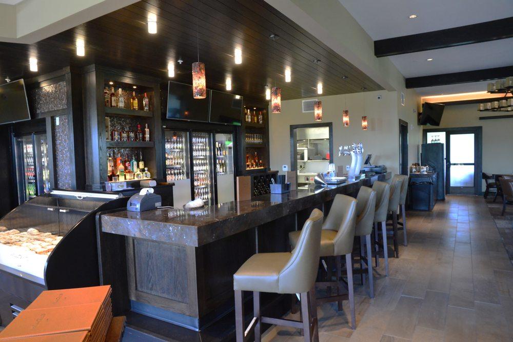 Willows Restaurant: 8000 E Arrowhead Pkwy, Sioux Falls, SD