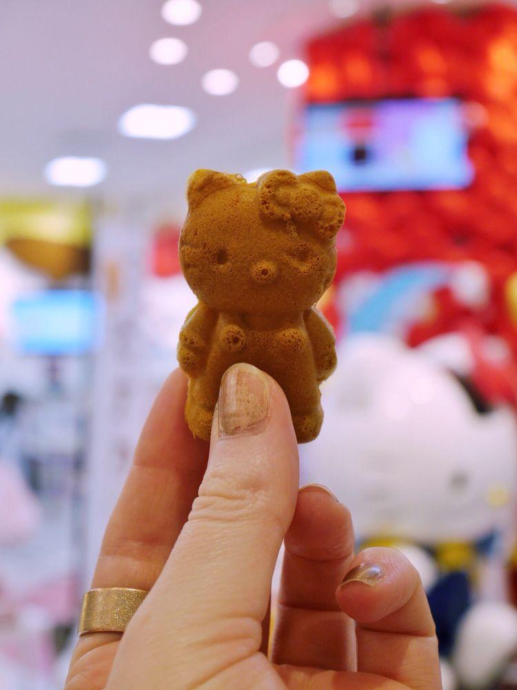 Hello Kitty Japan Odaiba