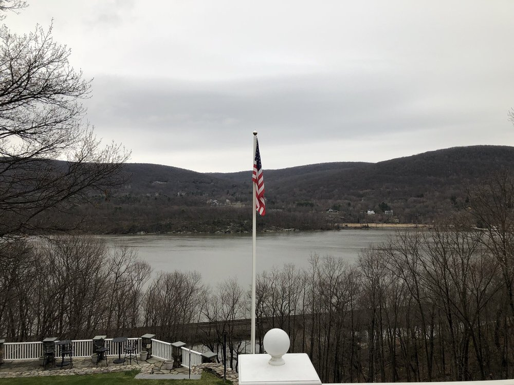 The Hudson River Crest B&B