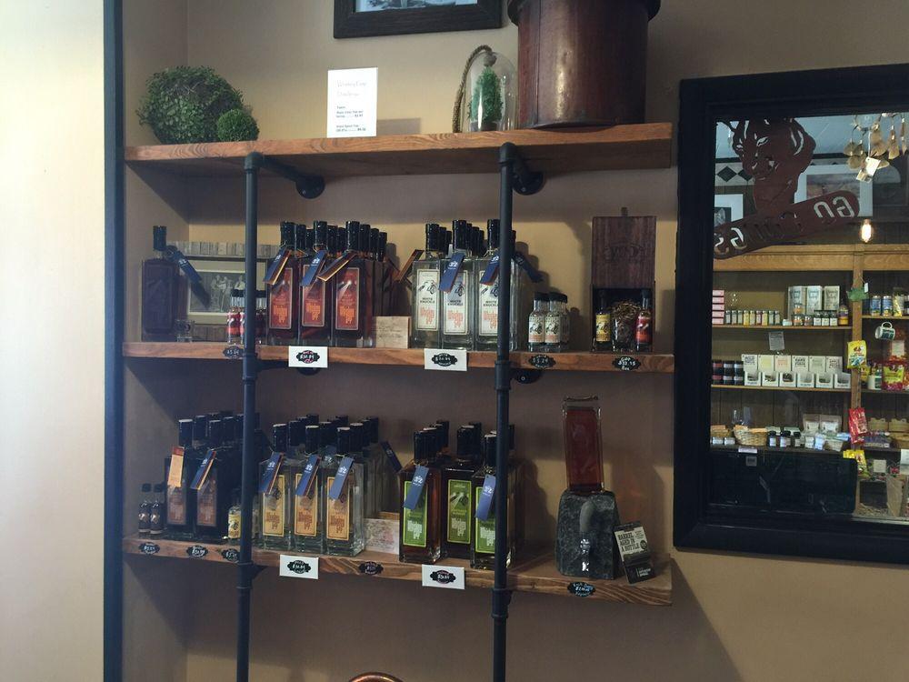 Whiskey Gap Distillery: 213 W Main Ave, Ritzville, WA