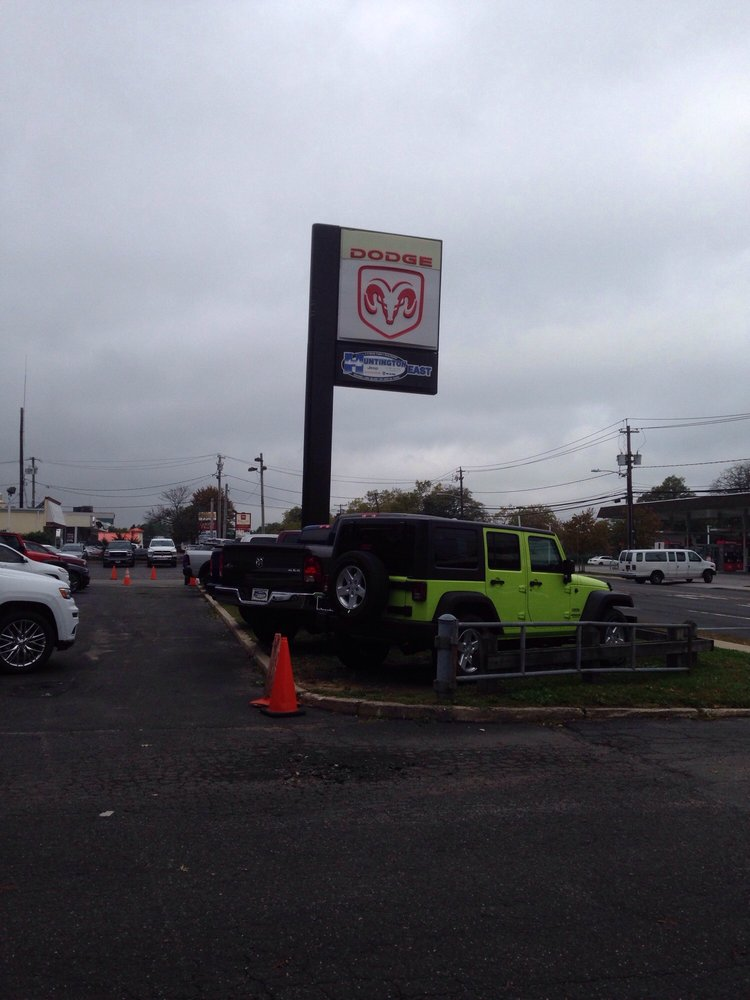 Huntington Jeep East: 5080 Jericho Tpke, Commack, NY