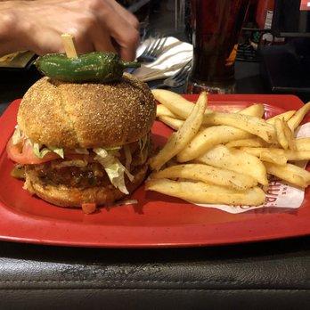 Red Robin Gourmet Burgers and Brews - (New) 121 Photos & 163 Reviews