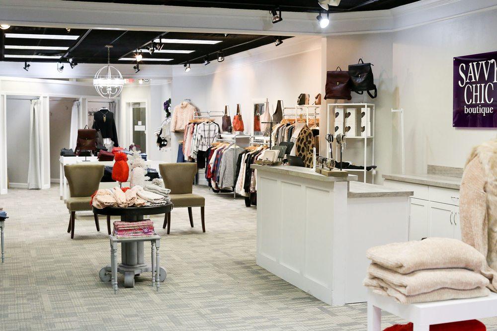 Savvy Chic Boutique: 17118 Kercheval Ave, Grosse Pointe, MI