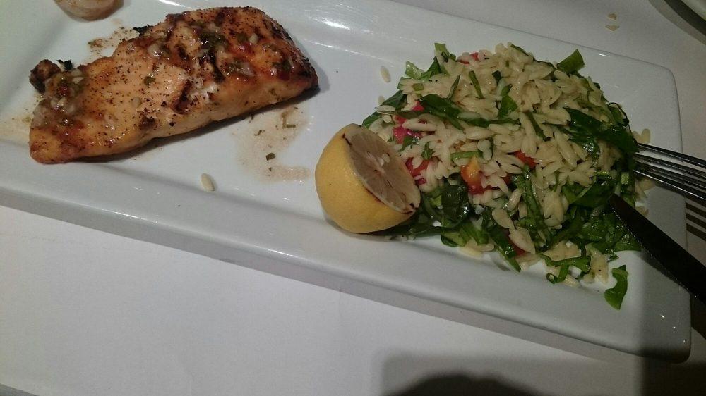 Romano's Macaroni & Grill: Las Catalinas Shopping Center, Caguas, PR