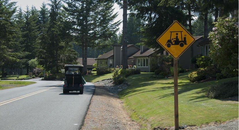Lakeland Village Golf Course/Pro Shop: 200 E Old Ranch Rd, Allyn, WA