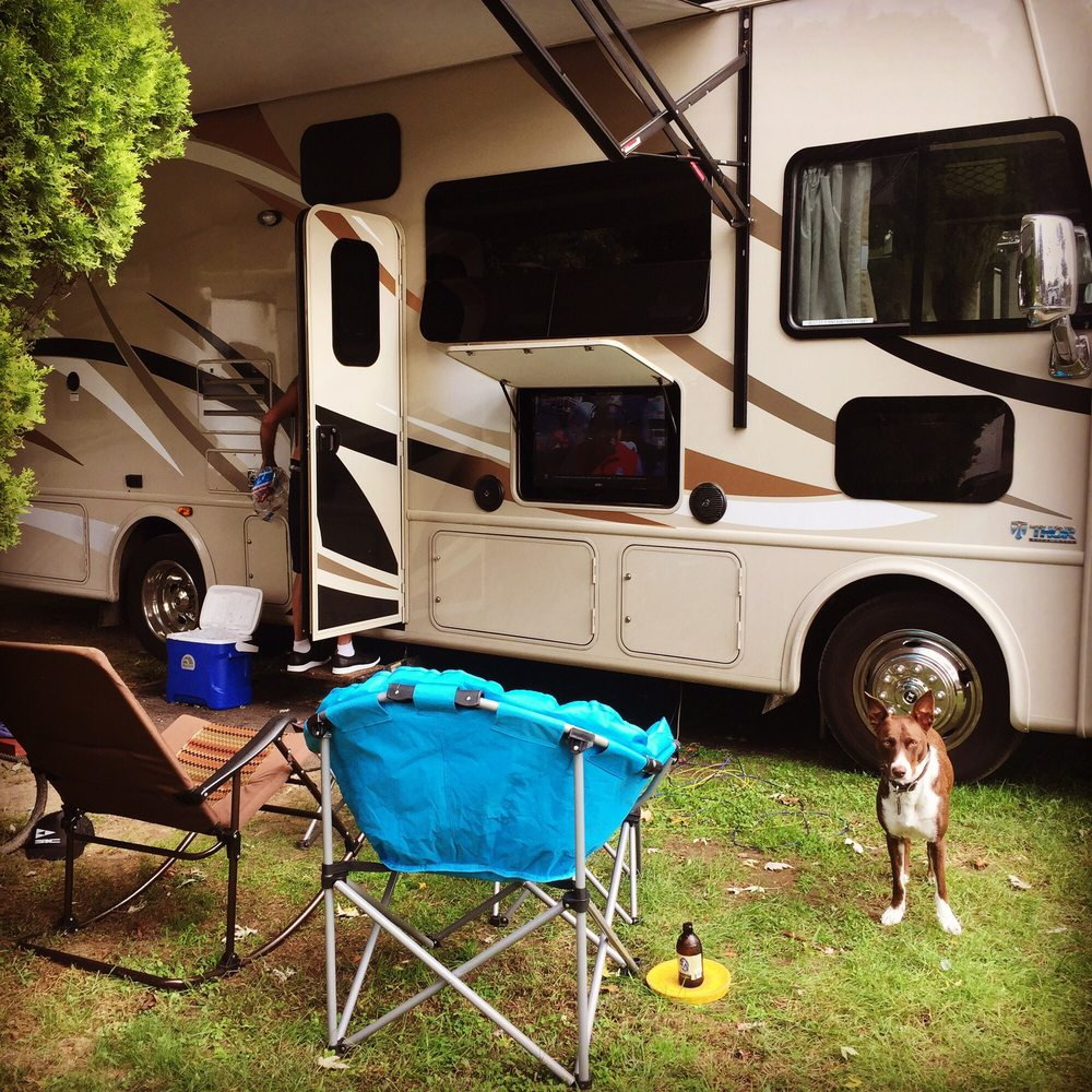 Spaulding Lake Campground: 33524 Bell St, Niles, MI