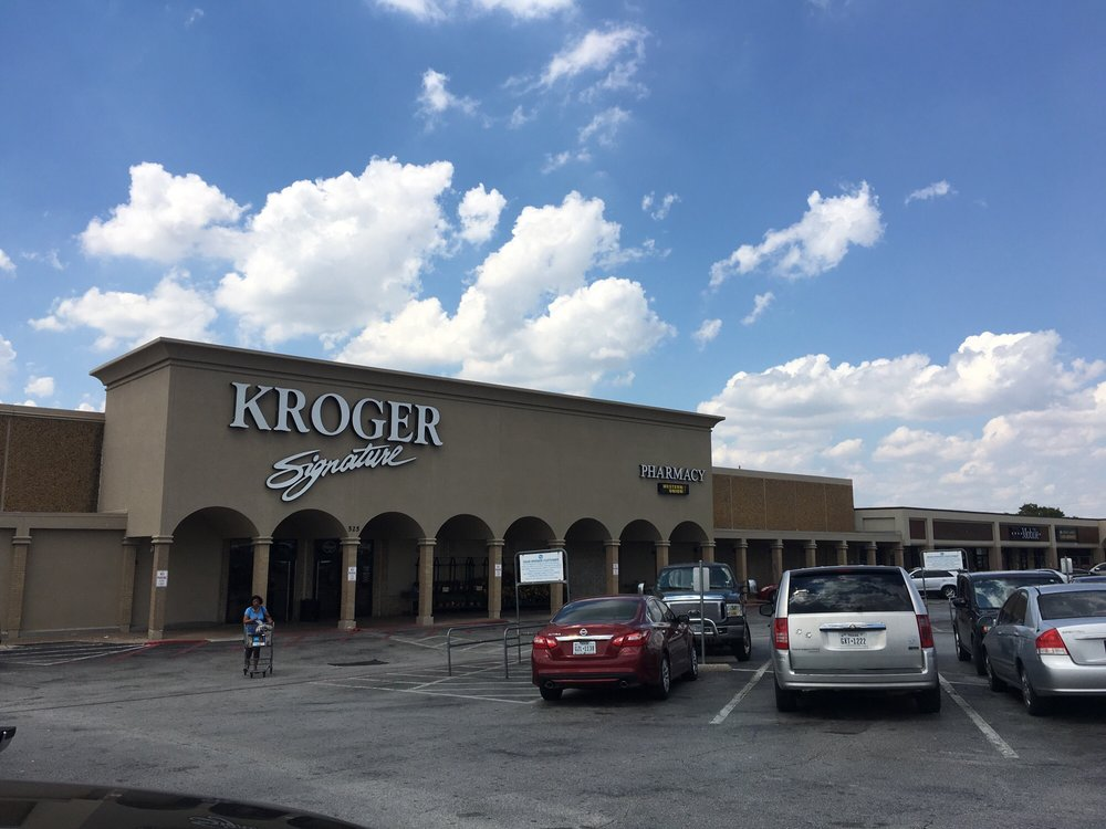 Kroger Signature: 525 N Galloway Ave, Mesquite, TX