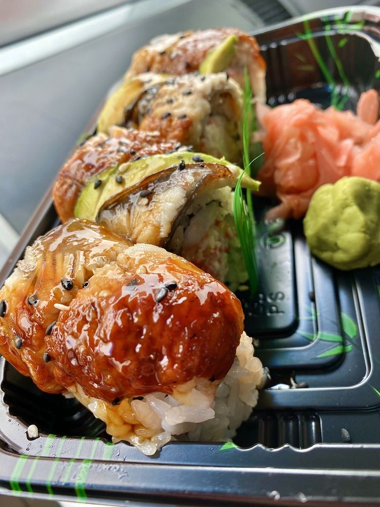 Koi Sushi and Steakhouse: 1790 Hamilton Blvd, Sioux City, IA