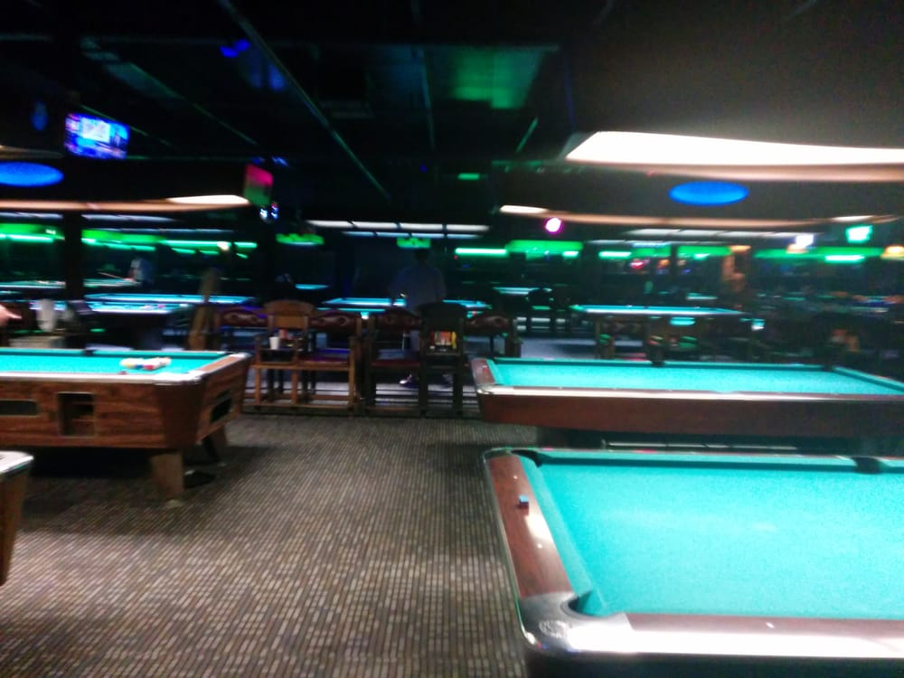 Magoos 12 Reviews Pool Halls 5002 S Memorial Dr