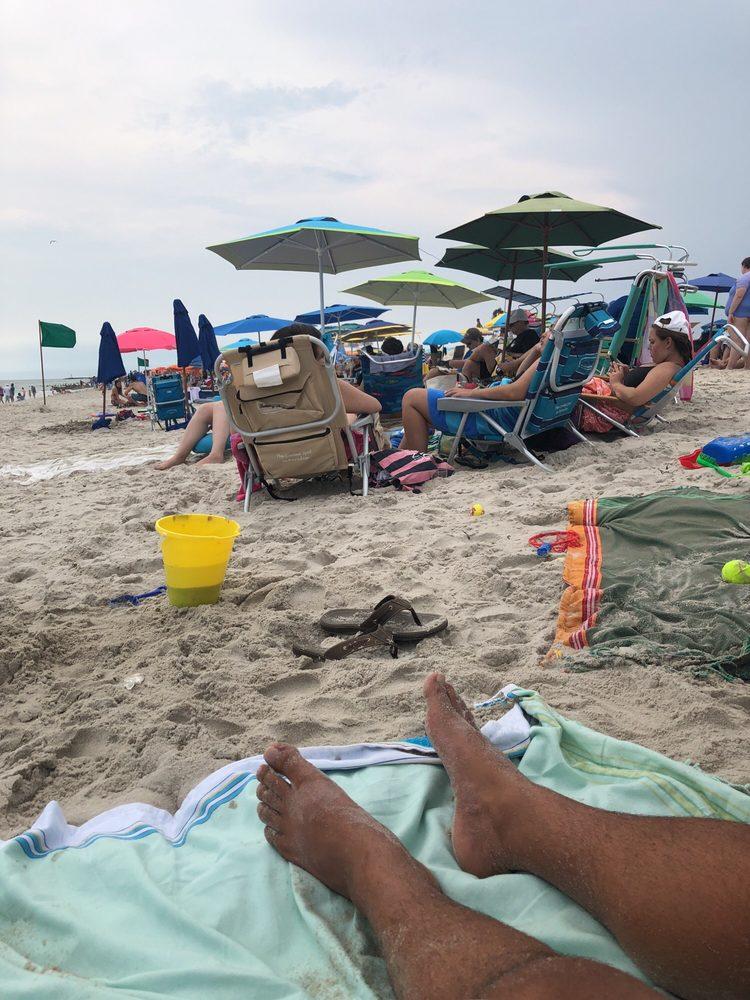 Sunny Atlantic Beach Club: 2035 Ocean Blvd, Atlantic Beach, NY