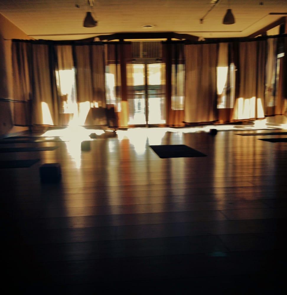 Euphoria- Therapeutic Massage & Bodywork: 102 W Second St, Manchester, GA