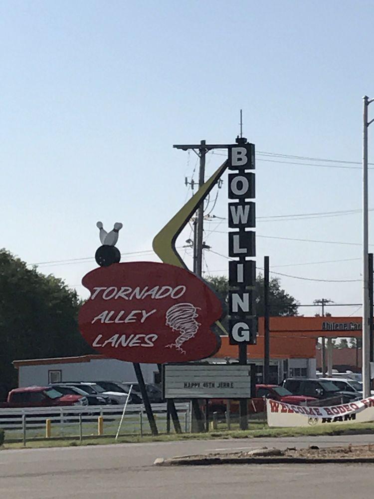 Tornado Alley Lanes: 2209 N Buckeye Ave, Abilene, KS