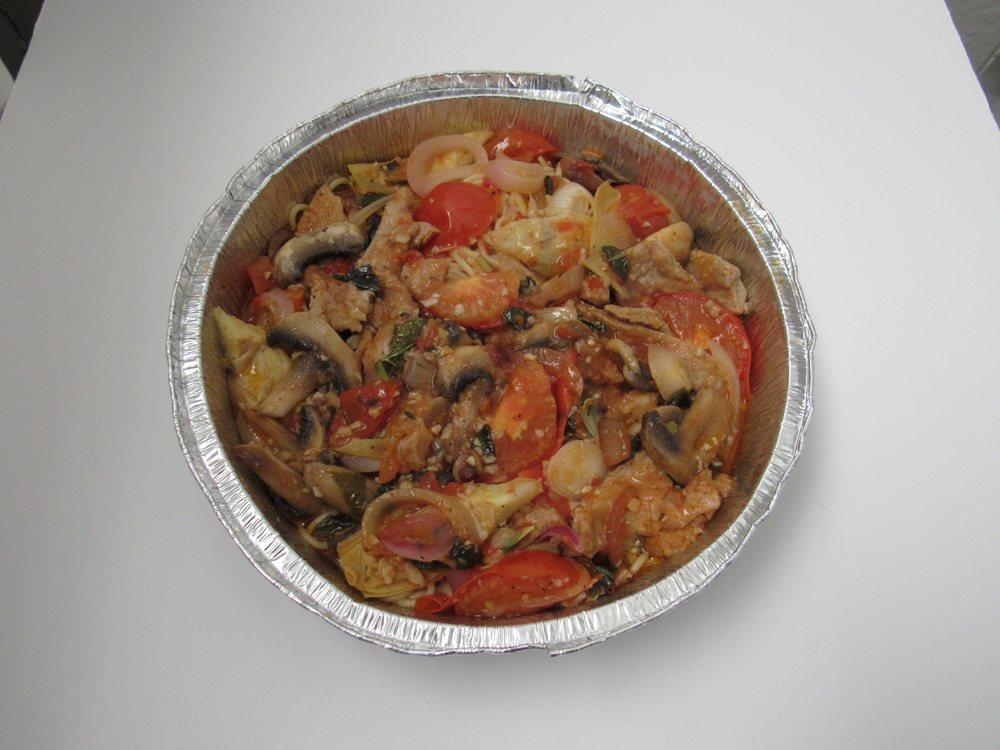 Val's Italian Restaurant & Pizza: 116 S Capitol St, Canton, TX