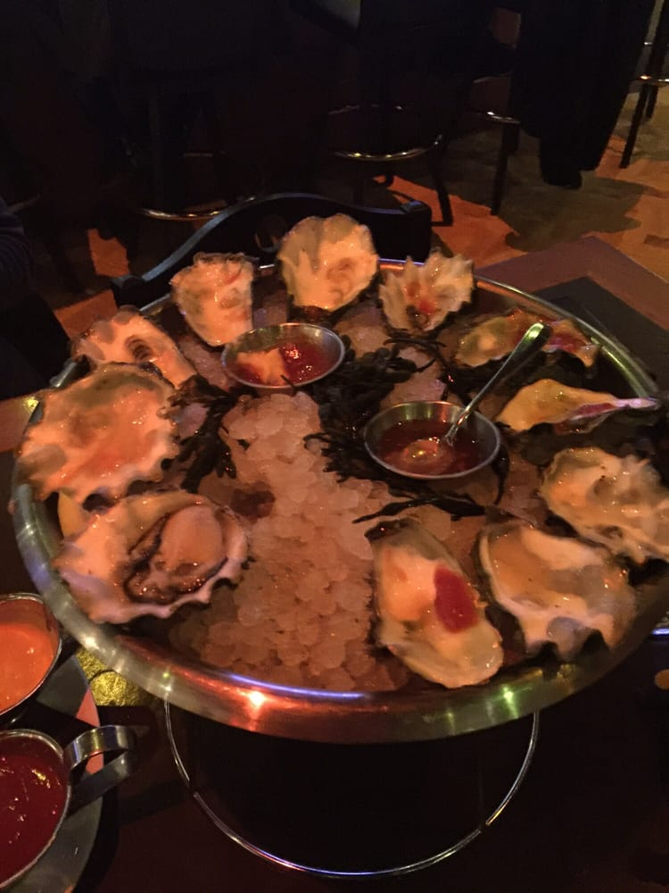 Oysters yelp for Ringside fish house