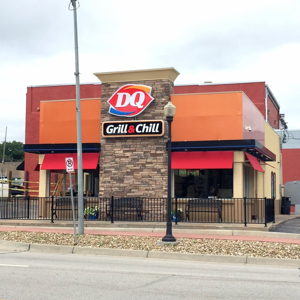 Dairy Queen Grill & Chill: 103 E Front St, Bonner Springs, KS