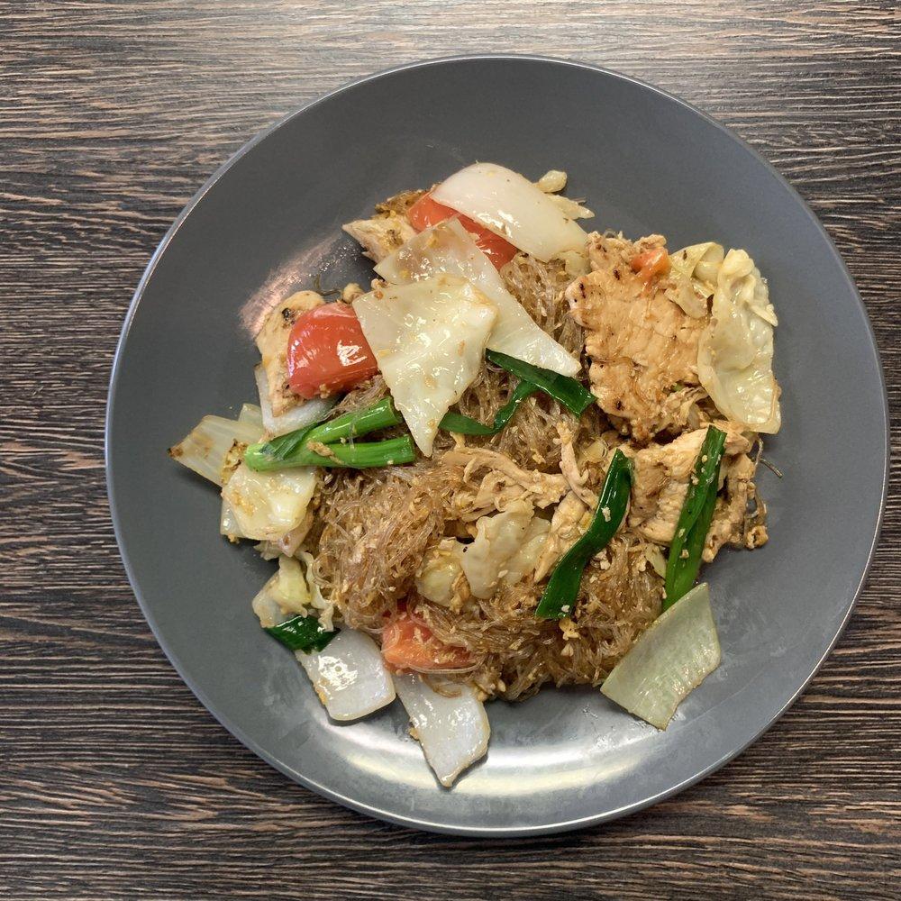 Up To Me Thai Kitchen Order Food Online 51 Photos 24