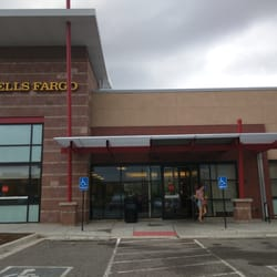 Wells Fargo Bank - Banks & Credit Unions - 1960 28th St, Boulder, CO
