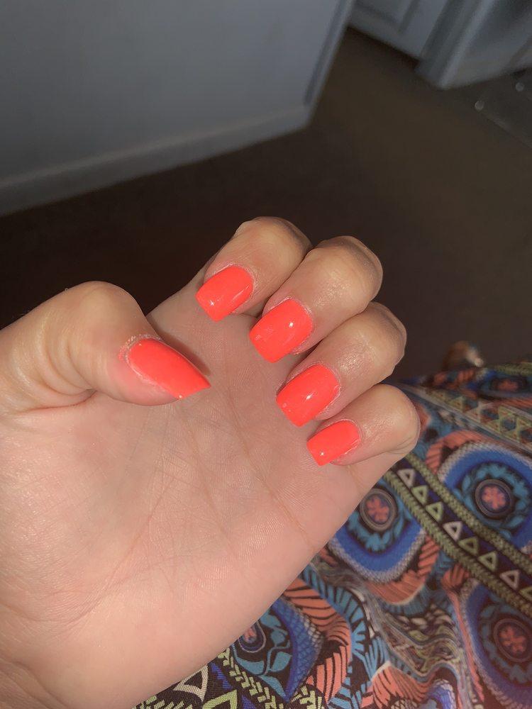 Jasmine's nail spa & Boutique: 56 W Lowder St, Macclenny, FL