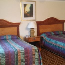 Photo Of Town Line Inn Malden Ma United States Guest Room