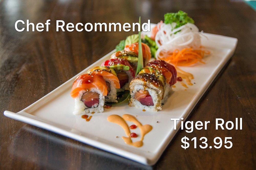 Food from Sushi Sakura
