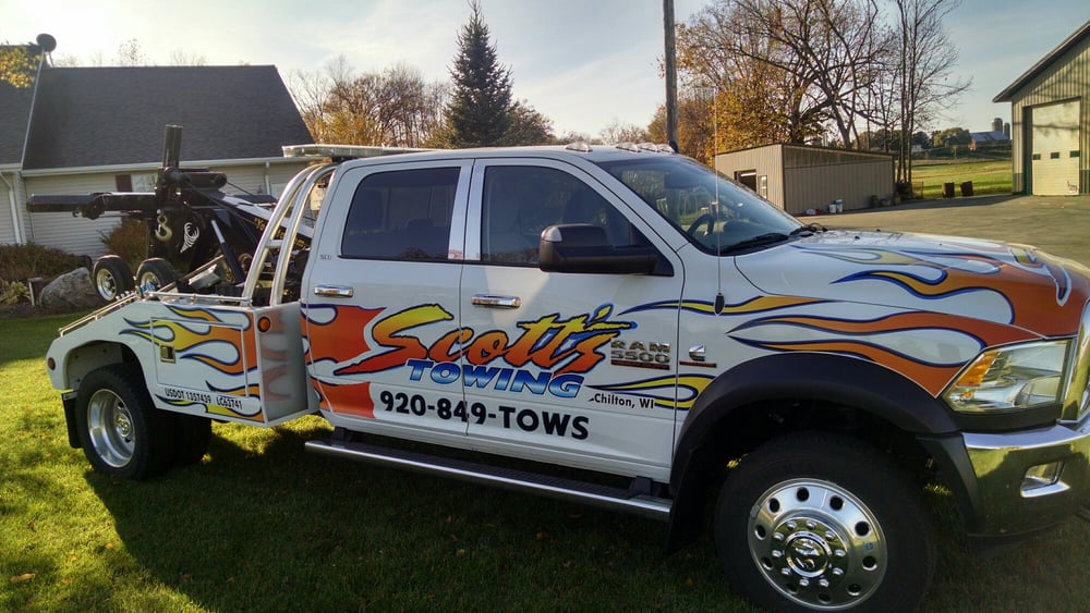 Scott's Towing & Recovery Service: 331 E Breed St, Chilton, WI