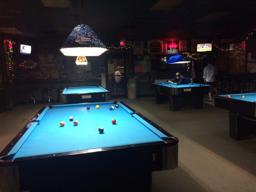 H-Cue's Upstairs Poolroom