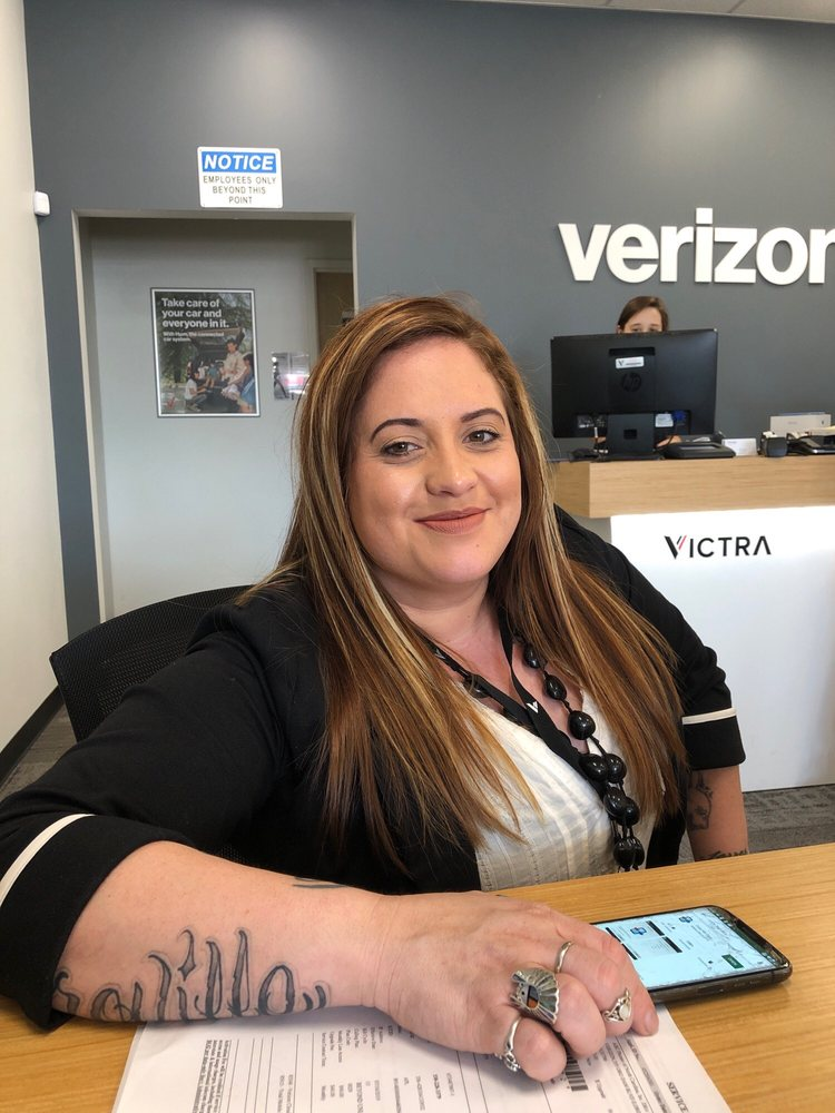 Victra - Verizon Authorized Retailer: 375 Oro Dam Blvd, Oroville, CA