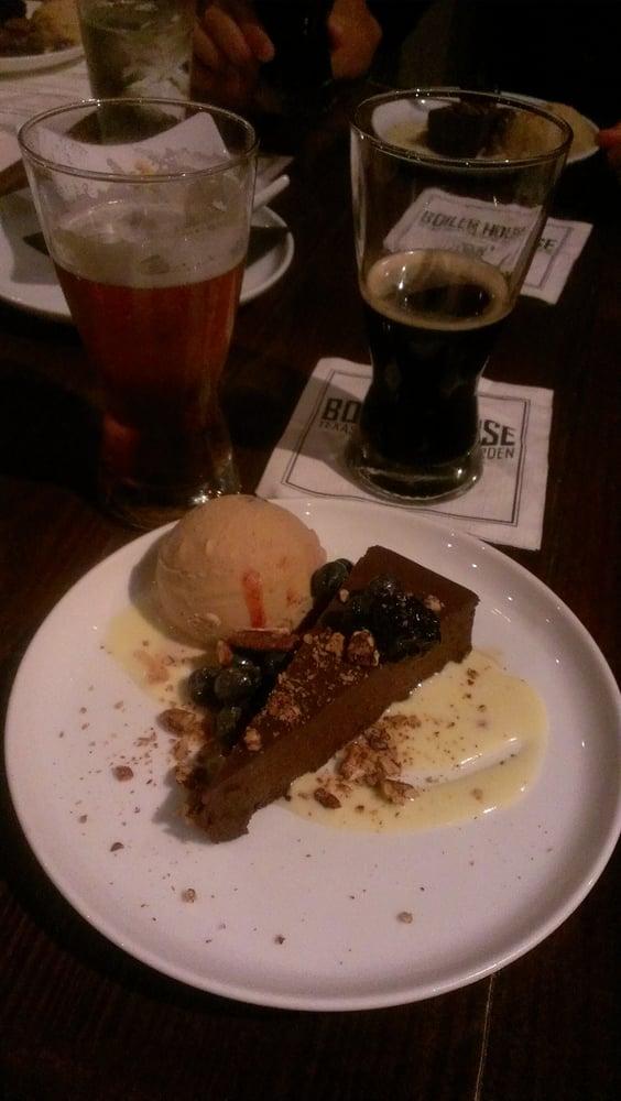 Chocolate And Chili Flourless Cake And Cinnamon Ice Cream Yelp