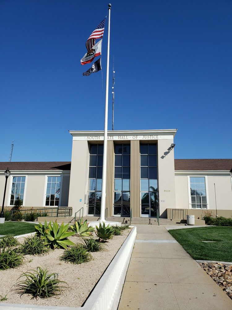 South Gate Police Department: 8620 California Ave, South Gate, CA