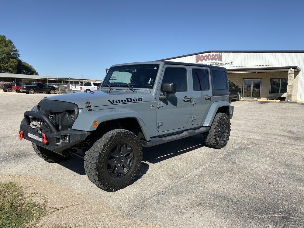 Premium Touch Detailing: 536 N Rockdale St, Lexington, TX