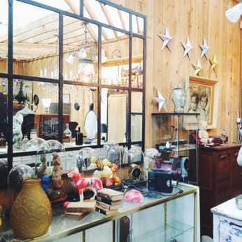 Le village des antiquaires antiquaires 22 avenue for Antiquaire lille meuble