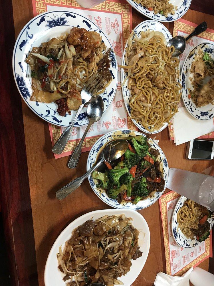 T & Z Chinese Restaurant: 2550 W El Camino Ave, Sacramento, CA