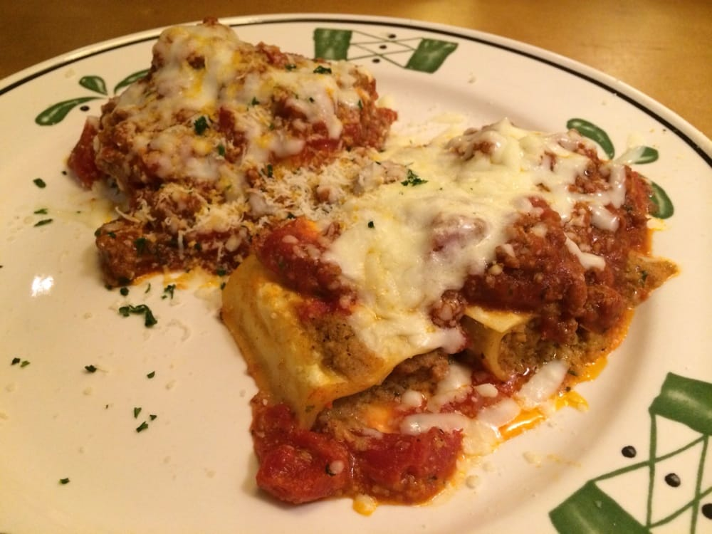 Lasagna classico and Sausage stuffed giant rigatoni - Yelp