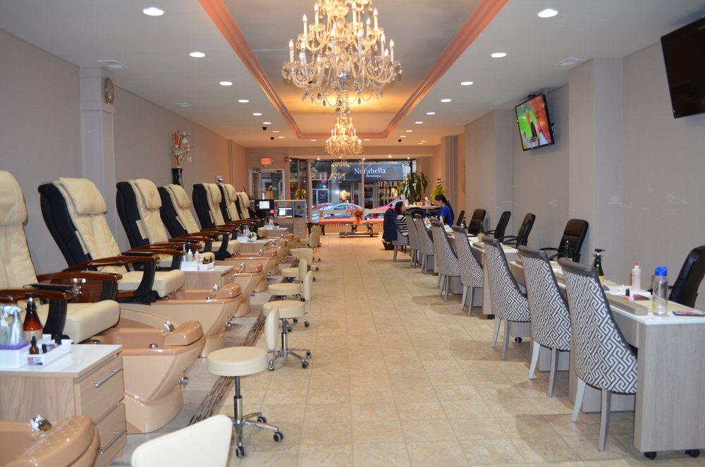 Fresh Nails & Spa: 481 N Main St, Glen Ellyn, IL