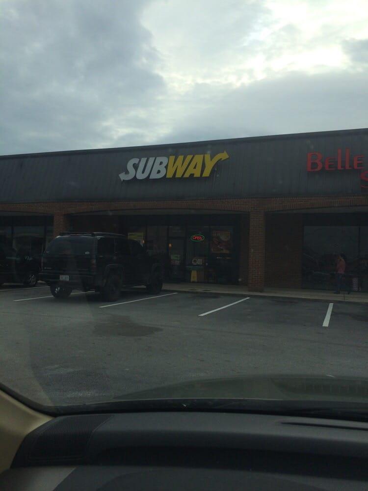 Subway: 1205 Lake Dr SE, Bessemer, AL