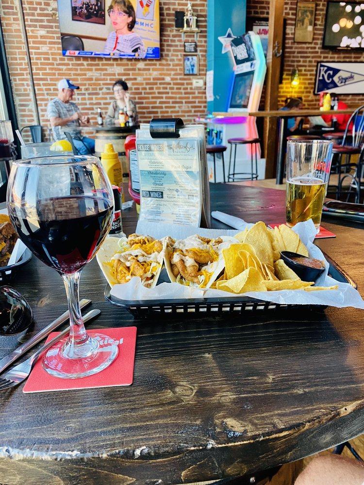 Sharky's Pub & Grub: 16 N National Ave, Fort Scott, KS