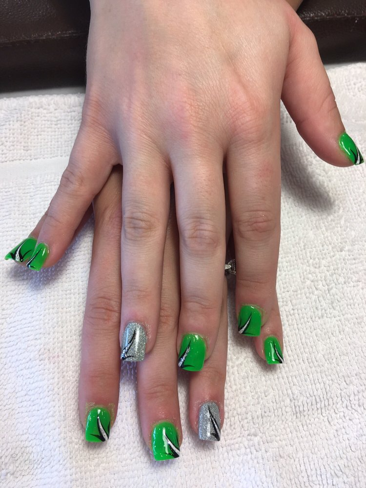 Bella Nails and Spa: 714 Vista Blvd, Waconia, MN