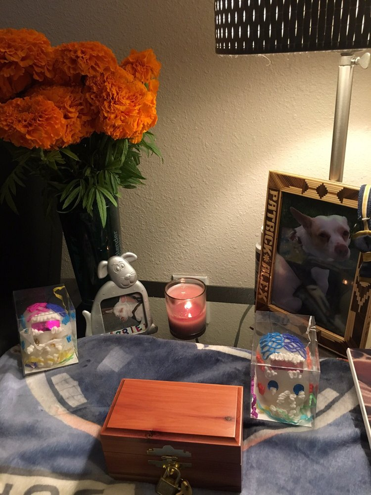 Rainbow Bridge Pets Cremations: Bellflower, CA