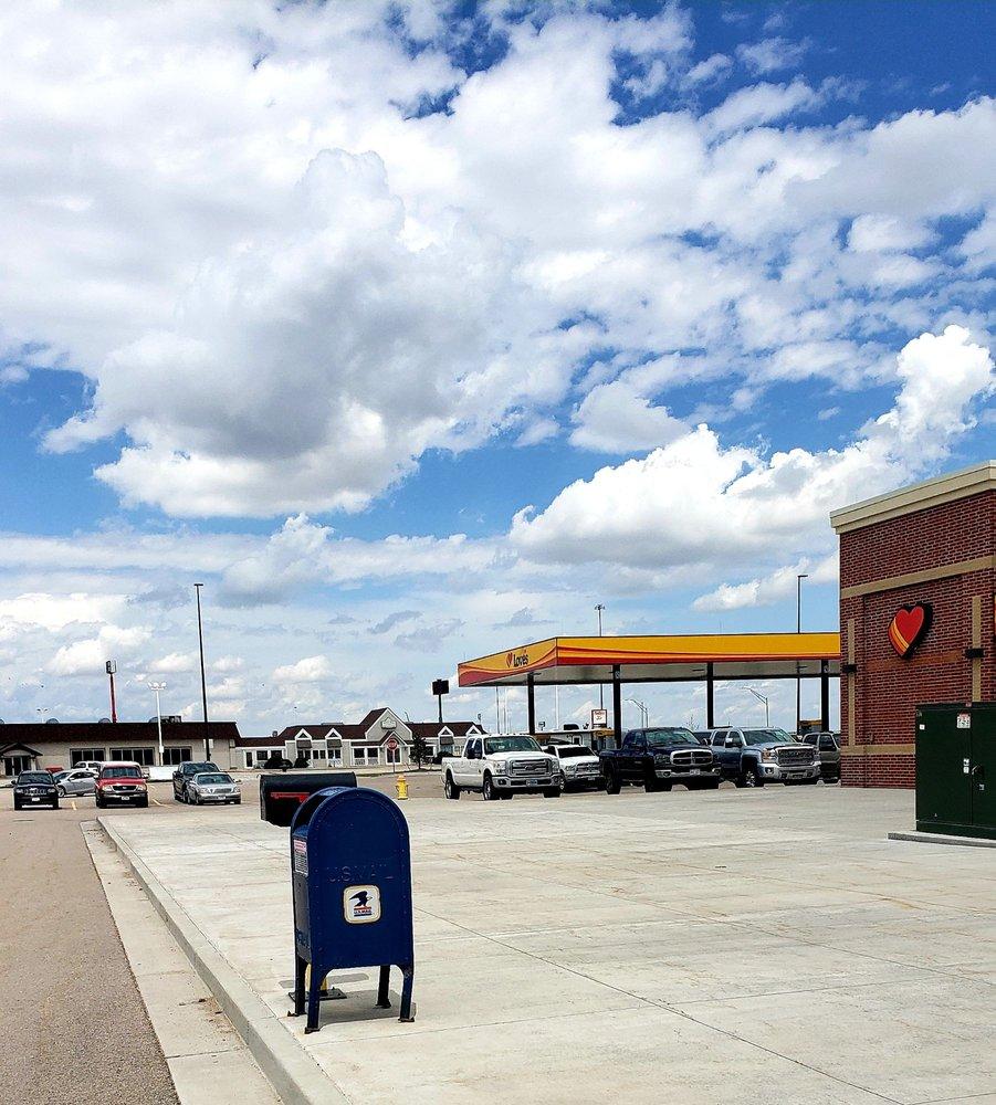 Love's Travel Stop: 645 Chase Blvd, Sidney, NE