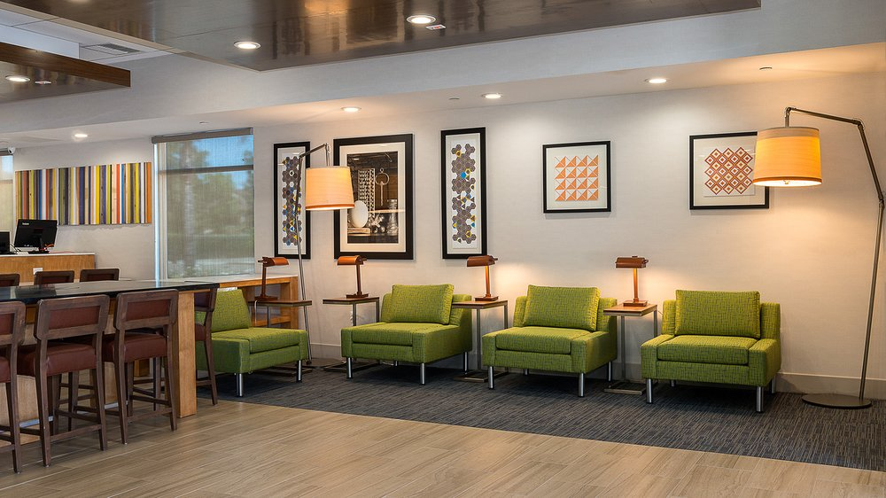 holiday inn express fullerton anaheim 61 photos 35. Black Bedroom Furniture Sets. Home Design Ideas