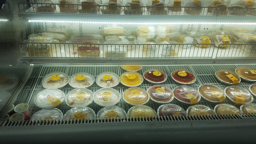La Primiera Grocery: 39 S Semoran Blvd, Orlando, FL