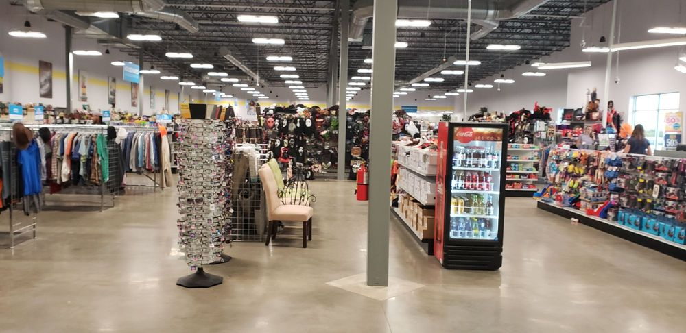 Goodwill  Central  Texas: 901 Seton Pkwy, Kyle, TX