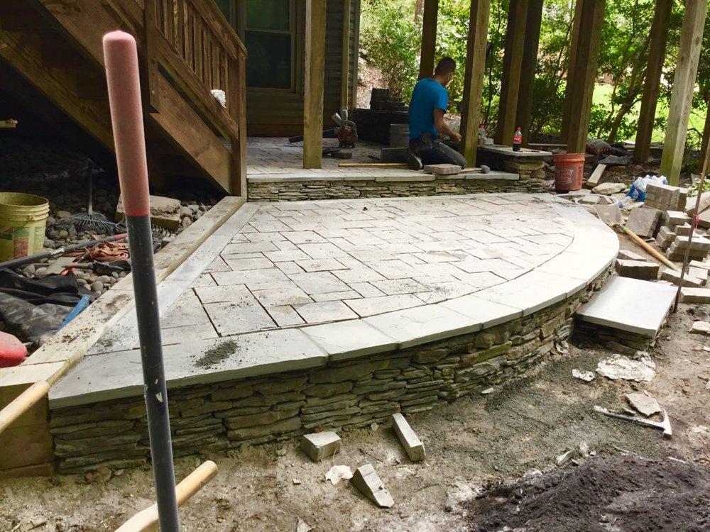 VM Drainage & Erosion Solutions: 9027 Whispering Pine Ct, Manassas, VA