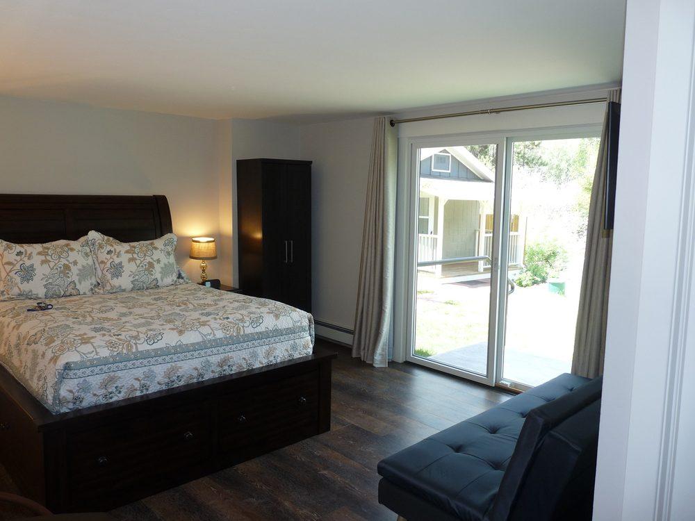 Crystal River Villas: 215 Redstone Blvd, Redstone, CO