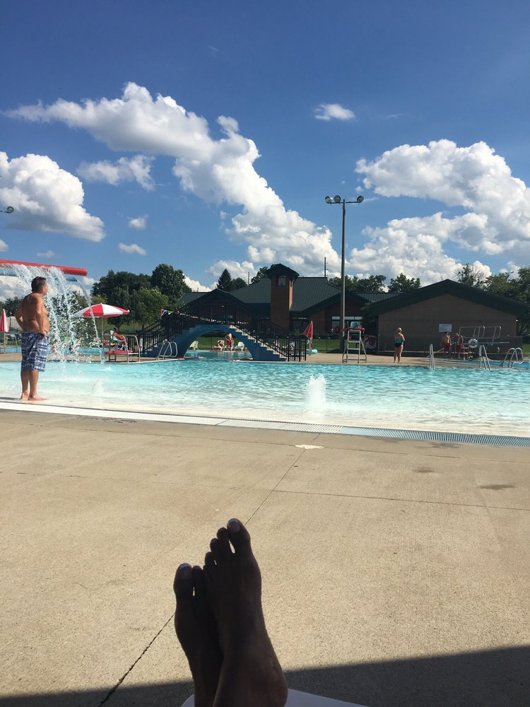 Oldham County Aquatic Center: Country Club Ln, La Grange, KY