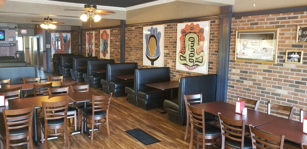 Pizzeria Pizza 3329 Auburn Rd Hills Mi Restaurant Reviews Phone Number Last Updated December 17 2018 Yelp