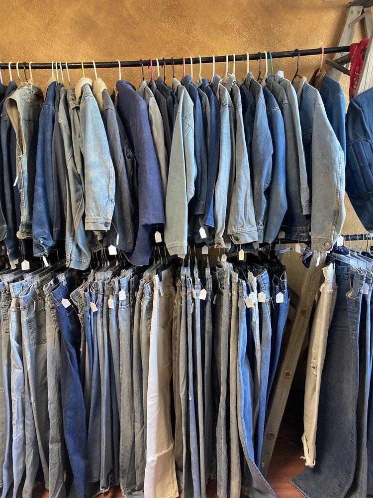 Killer Vintage Clothing: 536 Thain Rd, Lewiston, ID