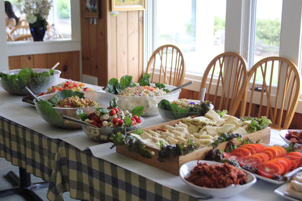 Shore Acres Inn & Restaurant: 237 Shore Acres Dr, North Hero, VT