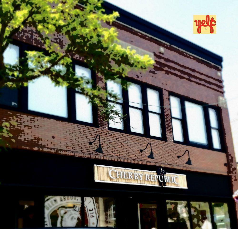 Cherry Republic - Charlevoix: 221 Bridge St, Charlevoix, MI
