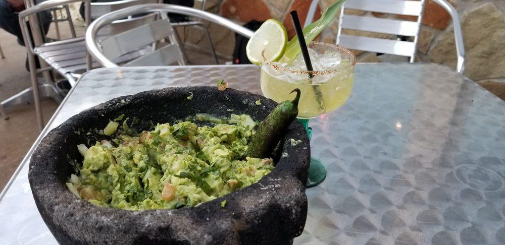 Casa Azteca Mexican Bar and Grill: 403 Mesquite St, Glen Rose, TX